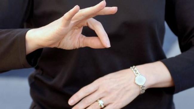 Sağlık çalışanlarına işaret dili eğitimi