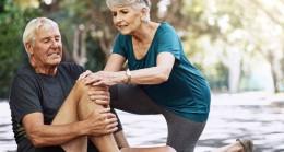 Yaşlılıkta bacaklardaki kas kaybının en önemli nedeni sinirler