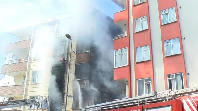 Esenyurt'ta doğalgaz patlaması sonucu yangın: 2 yaralı