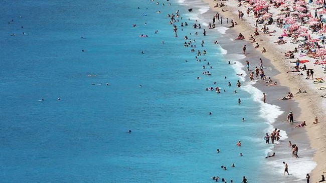 Antalya'yı ziyaret eden Rus turist sayısında rekor